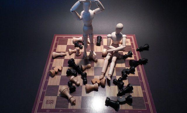 Chessboard depicting confusion with web development